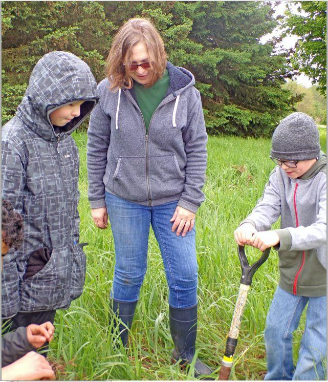 Students explore nature first hand during Lakeland Science Day